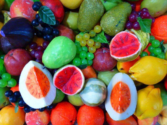 Couleurs des fruits et leurs rôles médicinaux